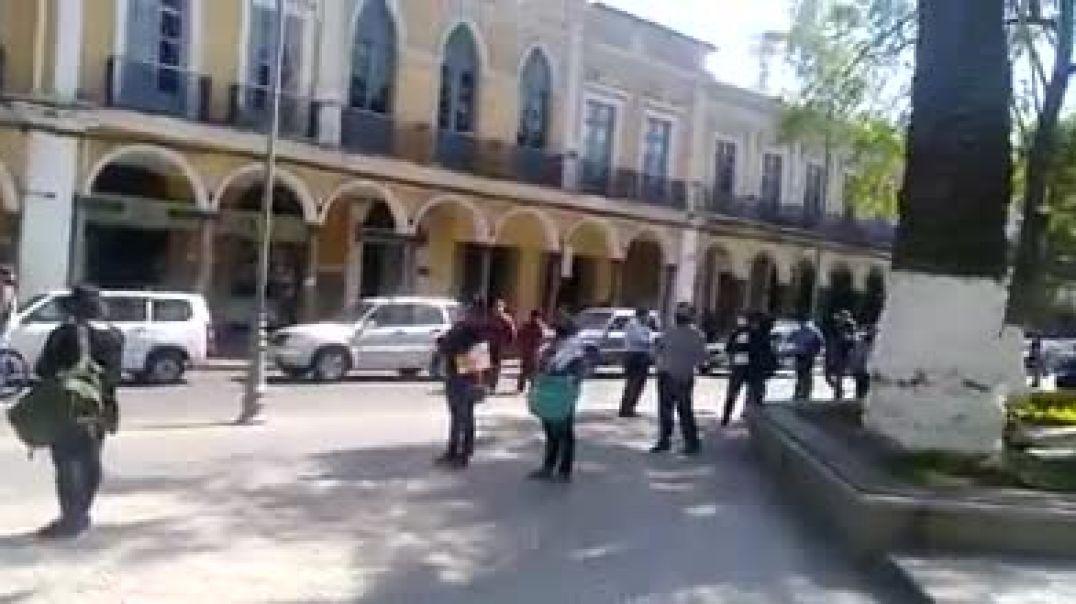 Cochabamba Bolivia Colas para adquirir Dióxido de Cloro