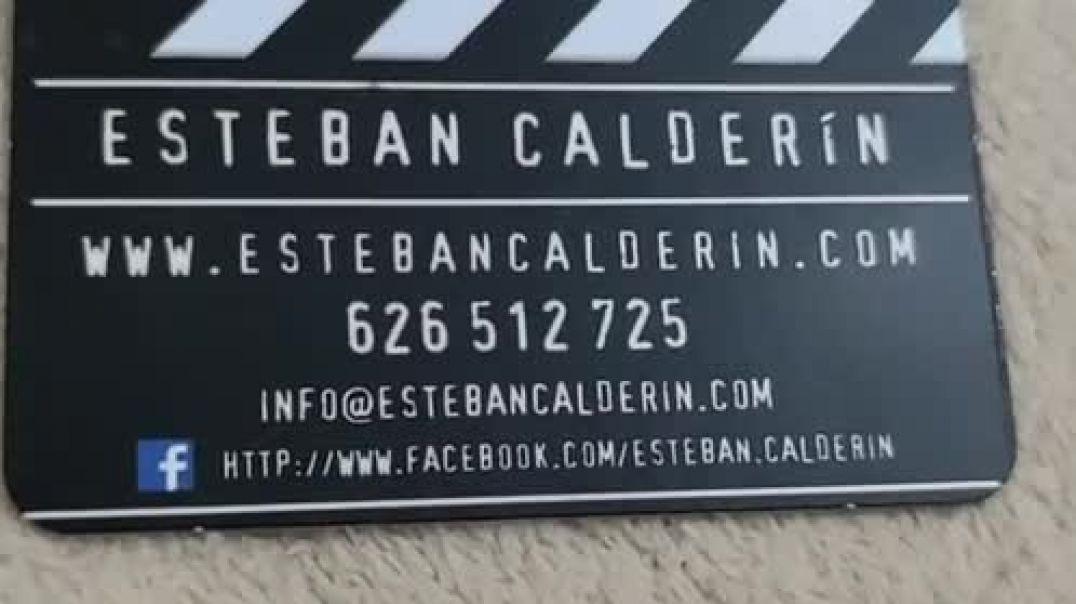 Tarjetas AR para el productor de cine  Esteban Calderin