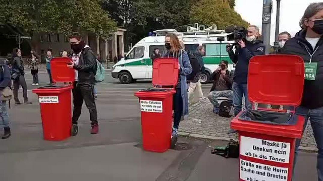 Mascarillas, al contenedor. Berlín, 11 de octubre de 2020