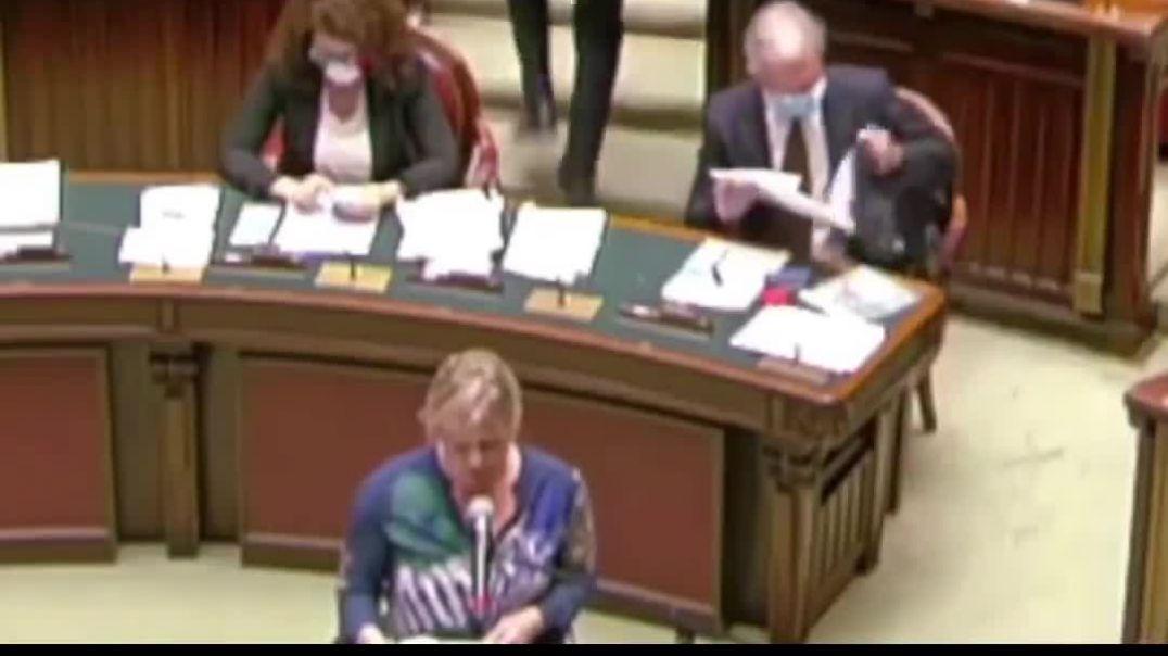 Declaración bomba en el parlamento Italiano.