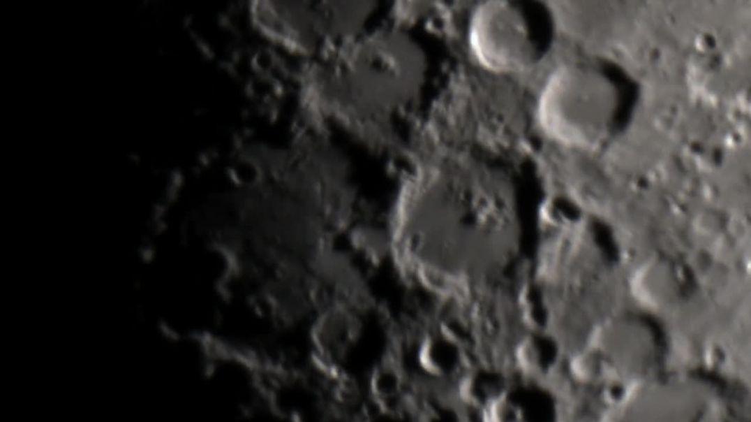 Formaciones sorprendentes en la Luna
