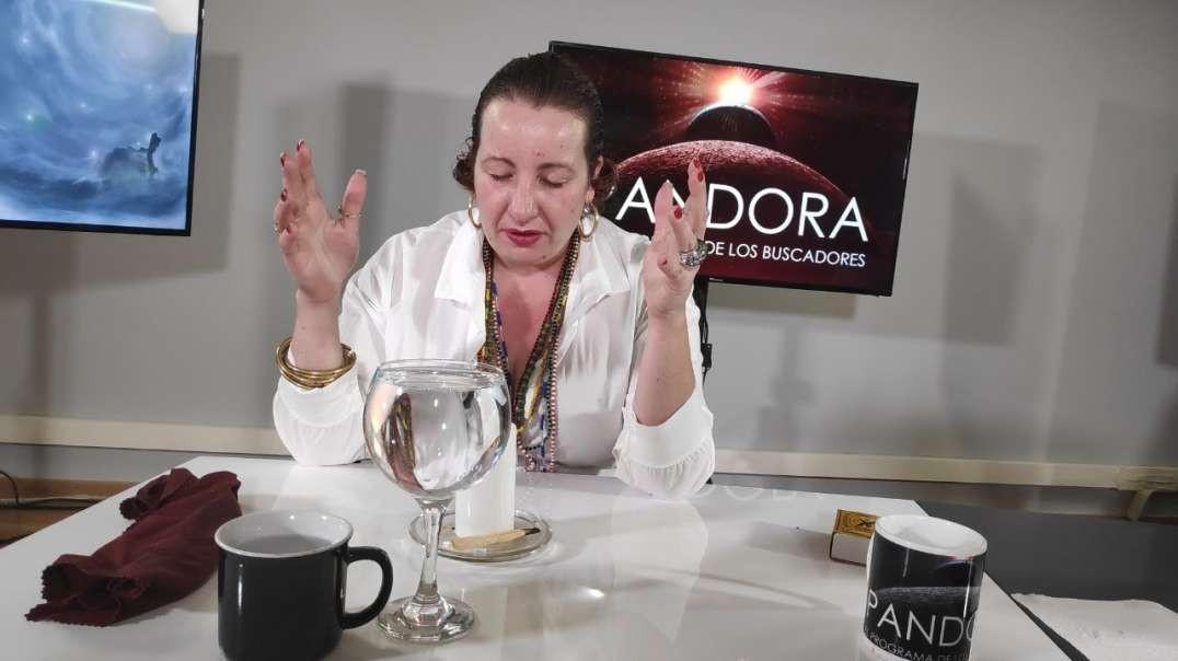 PANDORA #286: Mediumnidad con Ivonne Lois - Predicciones 2021 con Luz Arnau
