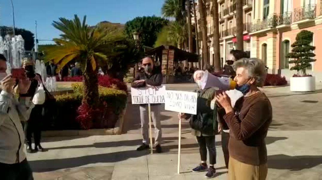 Dra. Albarracín: Nos están mintiendo