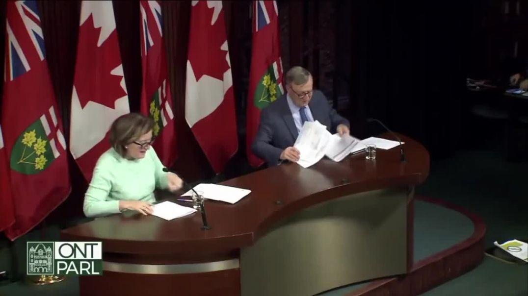 PAPELÓN: Funcionarios de la salud de Canadá olvidaron apagar sus micrófonos. TODO estaba guionado.