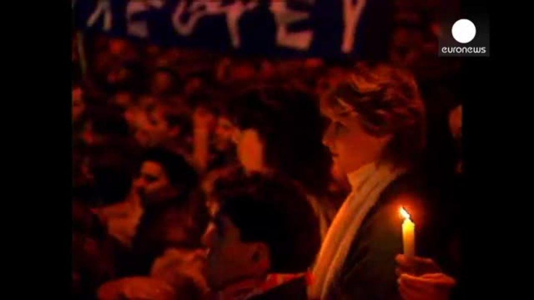 La Revolución de Terciopelo 25 años después