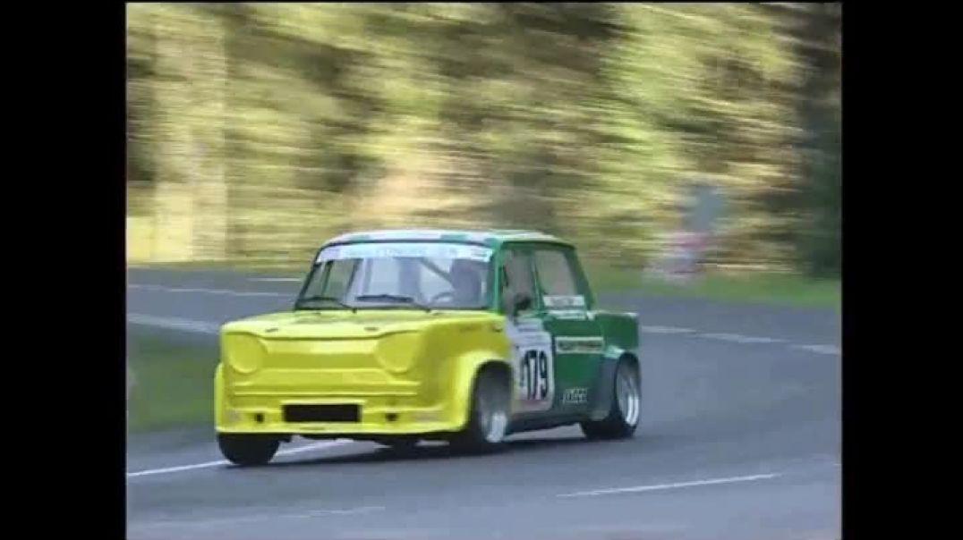 Carreras Simca 1000 con ritmo