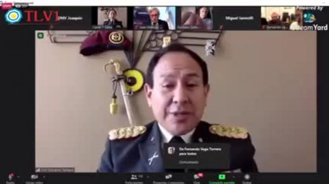 Coronel del ejército ecuatoriano habla sobre la vacunación obligatoria.
