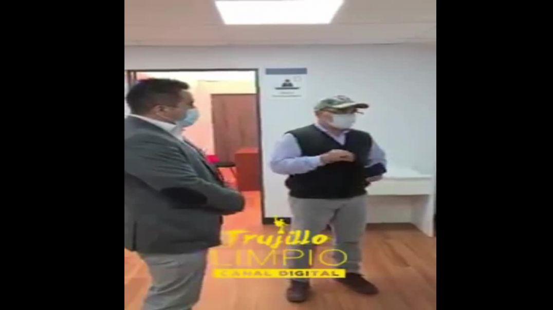 CONGRESISTA DE FISCALÍA DESMONTA EL CIRCOVID EN PERÚ AL ENTRAR EN UN CENTRO