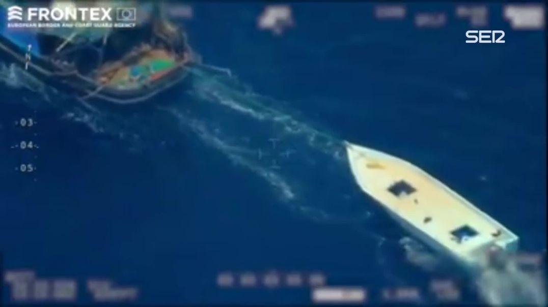 Frontex graba un caso de tráfico de personas en alta mar.
