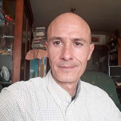 Victor Santamaria-Martinez