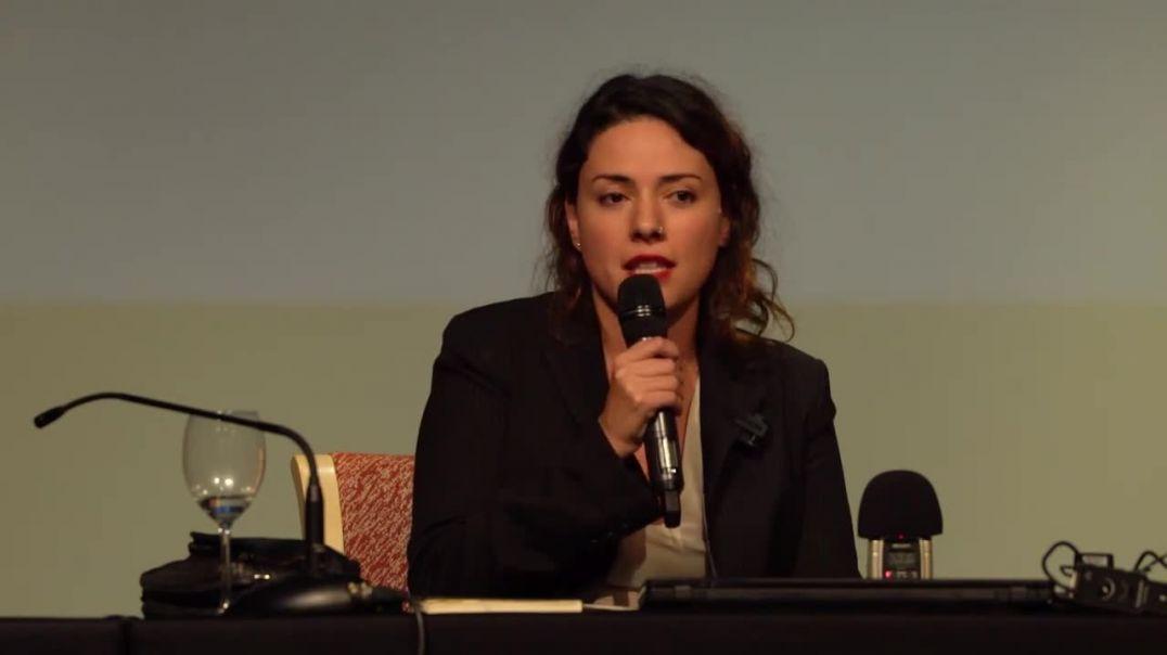 Ana Arias , presentación Artistas  y técnicos por Libertad