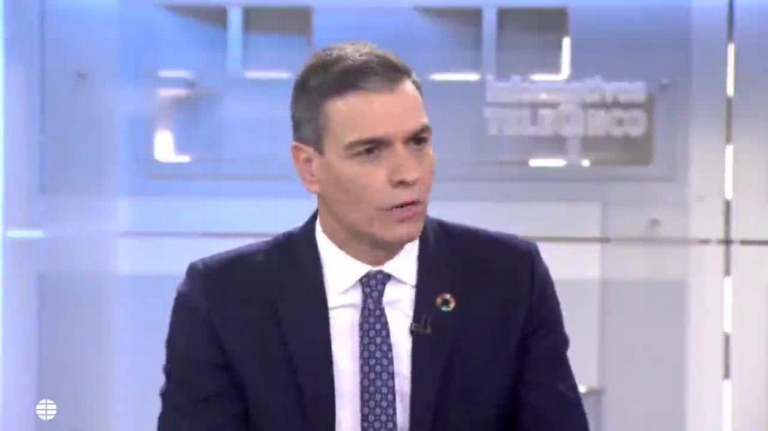 Si sigues creyendo en esta farsa debes hacértelo mirar. Julio Garcia, Canal 5 TV.
