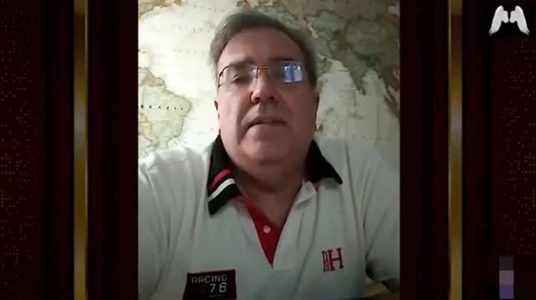 Dr. Alejandro Sousa, licenciado en medicina y cirugía y especializado en urología.