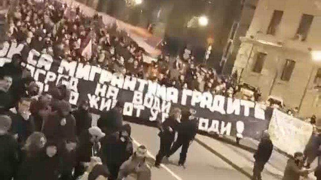 SERBIA SE LEVANTA CONTRA EL NUEVO ORDEN MUNDIAL Y A FAVOR DE LA LIBERTAD