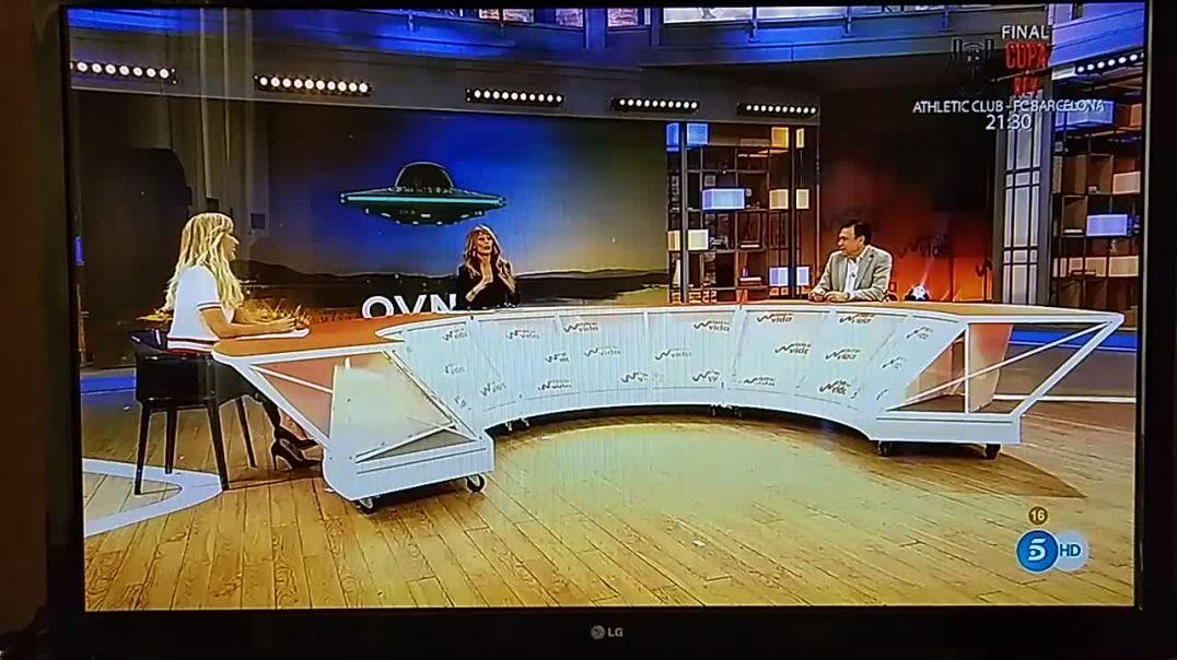 Se les desmonta la plandemia, y ahora hablan de extraterrestres en TV.