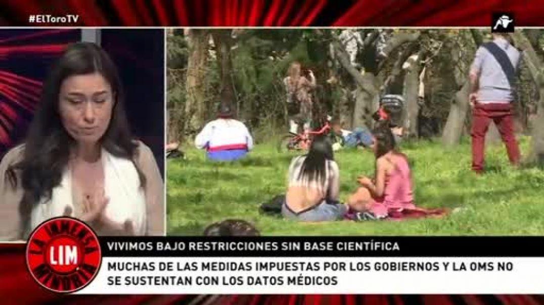 El biólogo López Mirones y la médico Natalia Prego en El Toro TV. 05-05-21.