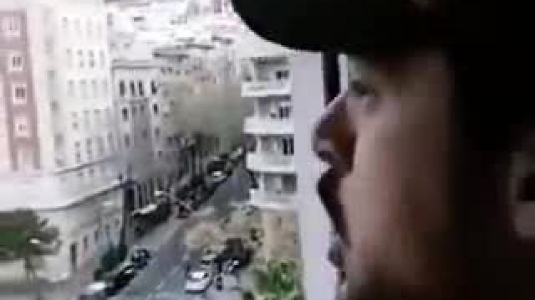 Poli de balcón - Ehhh, que vais a morir, coño.