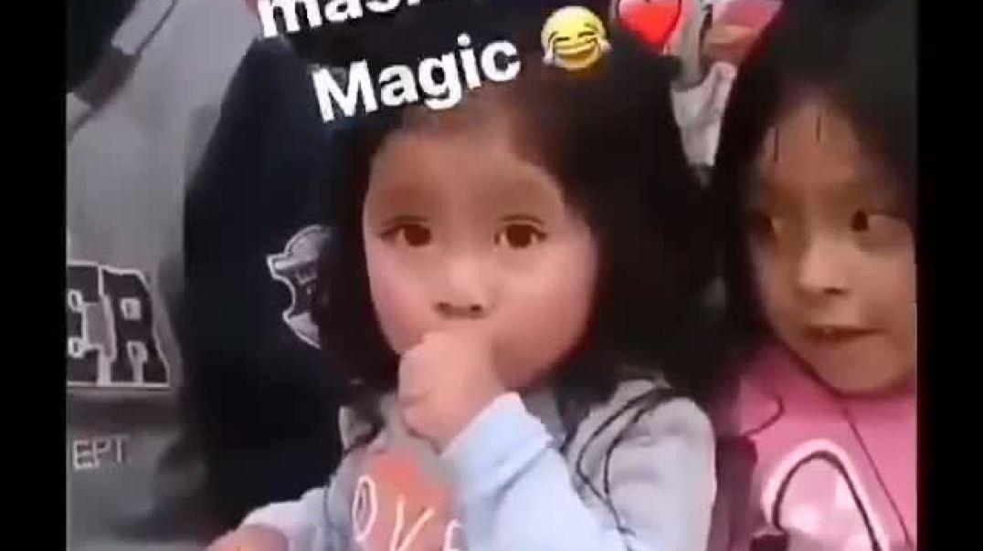 Cuando me entregan una máscara para usar la magia.