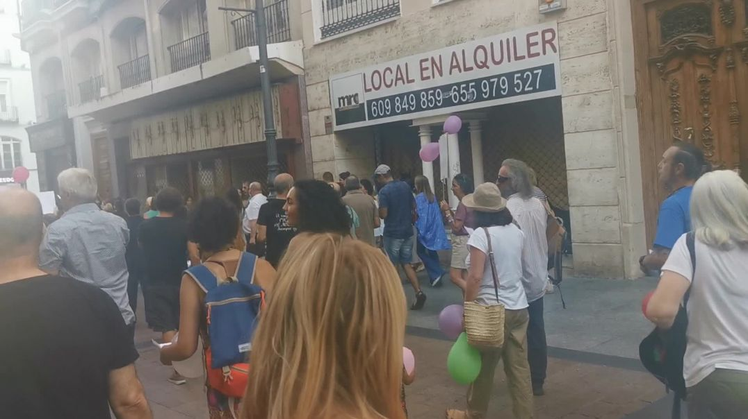 ¡Los Niños No Se Tocan! - Marcha por la calle Alfonso I.