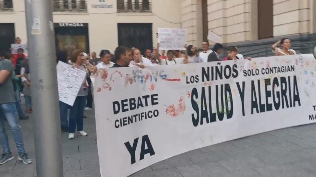 Manifestación ¡Volvemos a las Calles! Por el fin de los protocolos sanitarios - Zaragoza 25/09/2021.