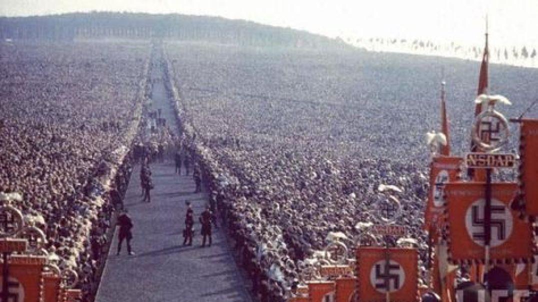 El Tercer Reich Alemán - Adolf Hitler por León Degrelle.